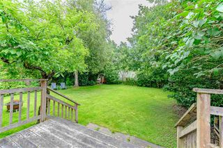 Photo 4: 1578 KERFOOT Road: White Rock House for sale (South Surrey White Rock)  : MLS®# R2465256