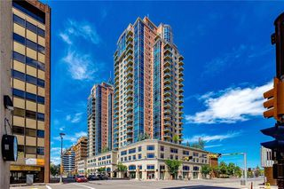 Photo 2: 2601 910 5 Avenue SW in Calgary: Downtown Commercial Core Apartment for sale : MLS®# A1013107