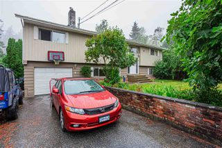 Main Photo: 1685 136 Street in Surrey: Crescent Bch Ocean Pk. House for sale (South Surrey White Rock)  : MLS®# R2482365