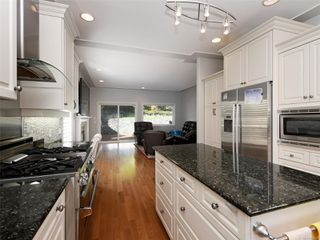 Photo 12: 4652 Boulderwood Dr in : SE Broadmead House for sale (Saanich East)  : MLS®# 858139