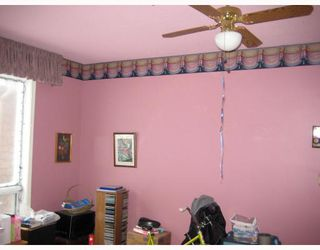 Photo 4: 130 LACY Street in WINNIPEG: East Kildonan Residential for sale (North East Winnipeg)  : MLS®# 2822351