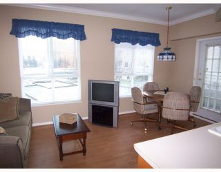 """Photo 8: 243 3098 GUILDFORD Way in Coquitlam: North Coquitlam Condo for sale in """"MARLBOROUGH HOUSE"""" : MLS®# V754550"""
