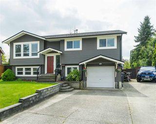 Photo 1: 26832 ALDER DRIVE in Langley: Aldergrove Langley House for sale : MLS®# R2380890