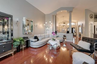 Photo 7: 205 CARMICHAEL Close in Edmonton: Zone 14 House for sale : MLS®# E4172005