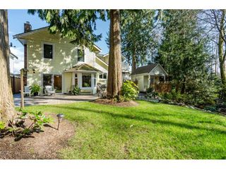 """Photo 2: 20917 94 Avenue in Langley: Walnut Grove House for sale in """"Heritage Circle - Walnut Grove"""" : MLS®# R2447334"""