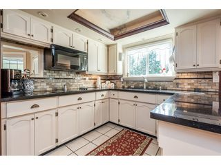 """Photo 7: 20917 94 Avenue in Langley: Walnut Grove House for sale in """"Heritage Circle - Walnut Grove"""" : MLS®# R2447334"""