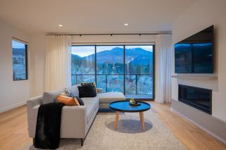 Photo 6: 2933 SNOWBERRY PLACE in Squamish: University Highlands House for sale : MLS®# R2409686
