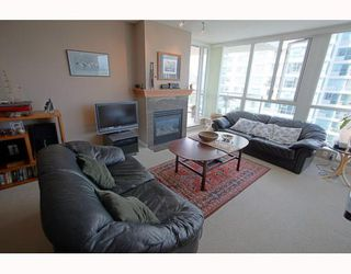 "Photo 36: 1601 120 MILROSS Avenue in Vancouver: Mount Pleasant VE Condo for sale in ""BRIGHTON"" (Vancouver East)  : MLS®# V783328"