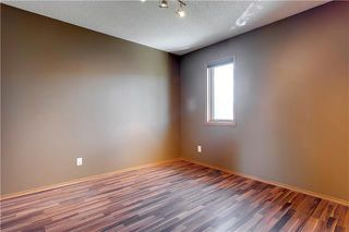 Photo 25: 16 GLENBROOK Villas SW in Calgary: Glenbrook Row/Townhouse for sale : MLS®# C4302009