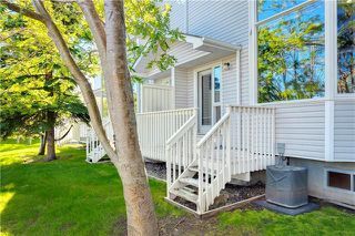 Photo 31: 16 GLENBROOK Villas SW in Calgary: Glenbrook Row/Townhouse for sale : MLS®# C4302009