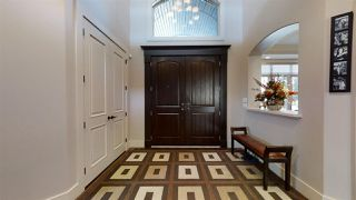 Photo 2: 5245 Mullen Crest in Edmonton: Zone 14 House for sale : MLS®# E4208122