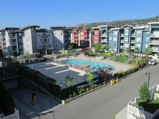 Main Photo: 111-533 Yates Rd in Kelowna: North Glenmore Condo for sale : MLS®# 10214109