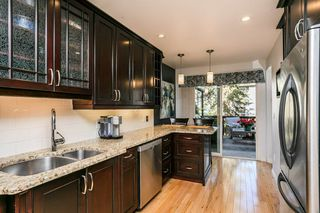 Photo 12: 4339 RIVERBEND Road in Edmonton: Zone 14 Townhouse for sale : MLS®# E4218073