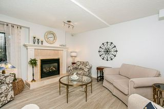 Photo 9: 4339 RIVERBEND Road in Edmonton: Zone 14 Townhouse for sale : MLS®# E4218073