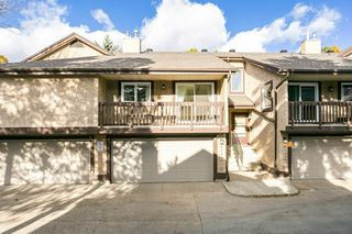 Photo 2: 4339 RIVERBEND Road in Edmonton: Zone 14 Townhouse for sale : MLS®# E4218073