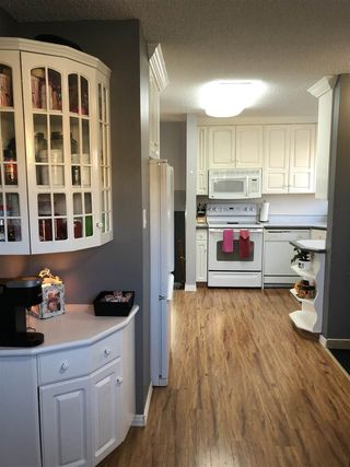 Photo 6: 9820 97 Street: Westlock House for sale : MLS®# E4218719