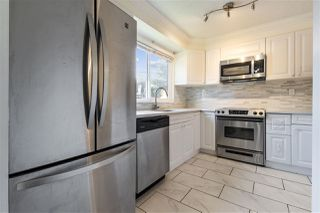 "Photo 5: 857 OLD LILLOOET Road in North Vancouver: Lynnmour Townhouse for sale in ""LYNNMOUR VILLAGE"" : MLS®# R2515389"