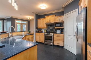 Photo 11: 1214 HALIBURTON Close in Edmonton: Zone 14 House for sale : MLS®# E4223777
