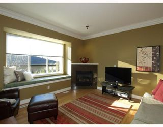 Photo 5: 431 W 16TH Street in North Vancouver: Central Lonsdale House 1/2 Duplex for sale : MLS®# V804466