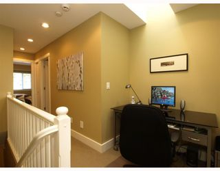 Photo 8: 431 W 16TH Street in North Vancouver: Central Lonsdale House 1/2 Duplex for sale : MLS®# V804466