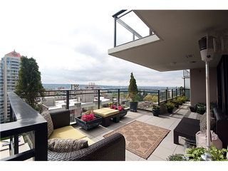 """Photo 1: 1604 720 HAMILTON Street in New Westminster: Uptown NW Condo for sale in """"GENERATIONS"""" : MLS®# V829371"""
