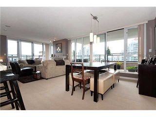 """Photo 6: 1604 720 HAMILTON Street in New Westminster: Uptown NW Condo for sale in """"GENERATIONS"""" : MLS®# V829371"""