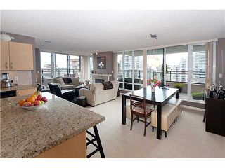 """Photo 4: 1604 720 HAMILTON Street in New Westminster: Uptown NW Condo for sale in """"GENERATIONS"""" : MLS®# V829371"""