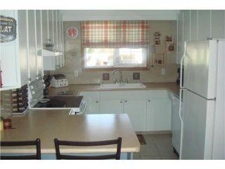 Photo 3: 114 Columbus Crescent in WINNIPEG: Westwood / Crestview Residential for sale (West Winnipeg)  : MLS®# 1009542