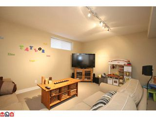 "Photo 8: 6688 182ND Street in Surrey: Cloverdale BC House for sale in ""VINEYARD ESTATES"" (Cloverdale)  : MLS®# F1027879"