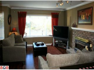 Photo 2: 21579 94A Avenue in Langley: Walnut Grove House for sale : MLS®# F1028098