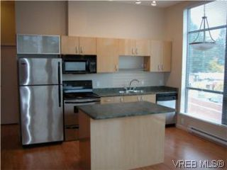Photo 2: 317 829 Goldstream Ave in VICTORIA: La Langford Proper Condo Apartment for sale (Langford)  : MLS®# 488000