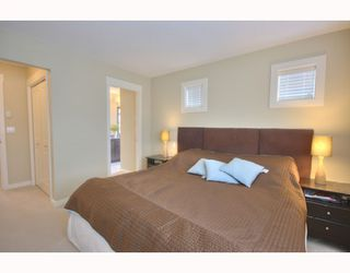 "Photo 5: 4 7171 STEVESTON Highway in Richmond: Broadmoor Townhouse for sale in ""CASSIS"" : MLS®# V754791"