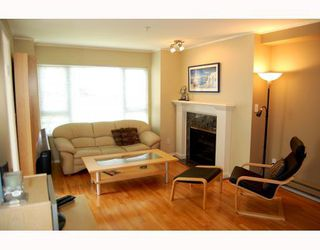"""Photo 2: 207 937 W 14TH Avenue in Vancouver: Fairview VW Condo for sale in """"VILLA 937"""" (Vancouver West)  : MLS®# V769080"""