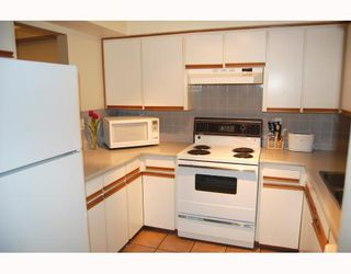 """Photo 6: 207 937 W 14TH Avenue in Vancouver: Fairview VW Condo for sale in """"VILLA 937"""" (Vancouver West)  : MLS®# V769080"""