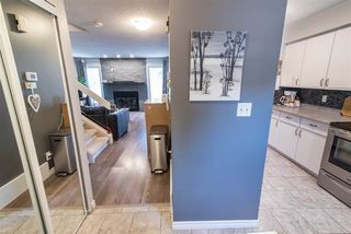 Photo 11: 16943 95 Street in Edmonton: Zone 28 Townhouse for sale : MLS®# E4167368