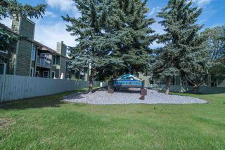 Photo 2: 16943 95 Street in Edmonton: Zone 28 Townhouse for sale : MLS®# E4167368