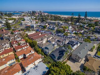 Main Photo: CORONADO VILLAGE House for sale : 4 bedrooms : 1050 Isabella Ave in Coronado