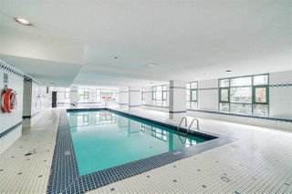 Photo 13: 1903 1188 HOWE Street in Vancouver: Downtown VW Condo for sale (Vancouver West)  : MLS®# R2411044