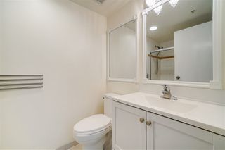 Photo 11: 1903 1188 HOWE Street in Vancouver: Downtown VW Condo for sale (Vancouver West)  : MLS®# R2411044