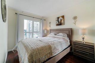 Photo 9: 1903 1188 HOWE Street in Vancouver: Downtown VW Condo for sale (Vancouver West)  : MLS®# R2411044