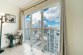Photo 8: 1903 1188 HOWE Street in Vancouver: Downtown VW Condo for sale (Vancouver West)  : MLS®# R2411044