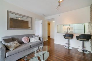 Photo 7: 1903 1188 HOWE Street in Vancouver: Downtown VW Condo for sale (Vancouver West)  : MLS®# R2411044