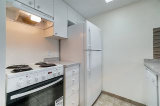 Photo 4: 1903 1188 HOWE Street in Vancouver: Downtown VW Condo for sale (Vancouver West)  : MLS®# R2411044