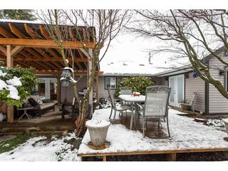 "Photo 6: 26984 28B Avenue in Langley: Aldergrove Langley House for sale in ""ALDERGROVE"" : MLS®# R2434405"