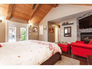 "Photo 3: 26984 28B Avenue in Langley: Aldergrove Langley House for sale in ""ALDERGROVE"" : MLS®# R2434405"