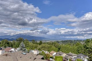 Photo 1: 501 ALOUETTE Drive in Coquitlam: Coquitlam East House for sale : MLS®# R2461815