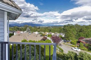 Photo 2: 501 ALOUETTE Drive in Coquitlam: Coquitlam East House for sale : MLS®# R2461815