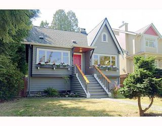 "Photo 1: 2560 GRANT Street in Vancouver: Renfrew VE House for sale in ""COMMERCIAL DR./CLINTON PARK"" (Vancouver East)  : MLS®# V783760"
