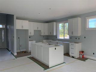 Photo 5: 1588 Rondeault Rd in : Du Cowichan Bay House for sale (Duncan)  : MLS®# 853924