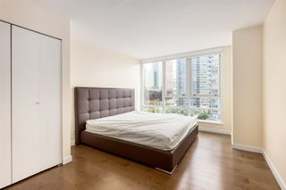 Photo 10: 1006 980 COOPERAGE WAY in Vancouver: Yaletown Condo for sale (Vancouver West)  : MLS®# R2488993